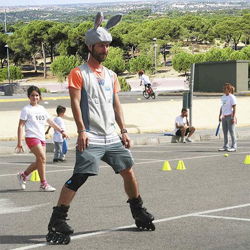 Funda casco Conejo en Patines