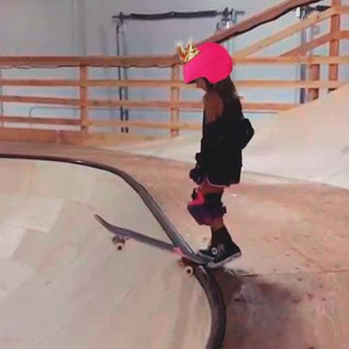 Funda casco Led Reina skate