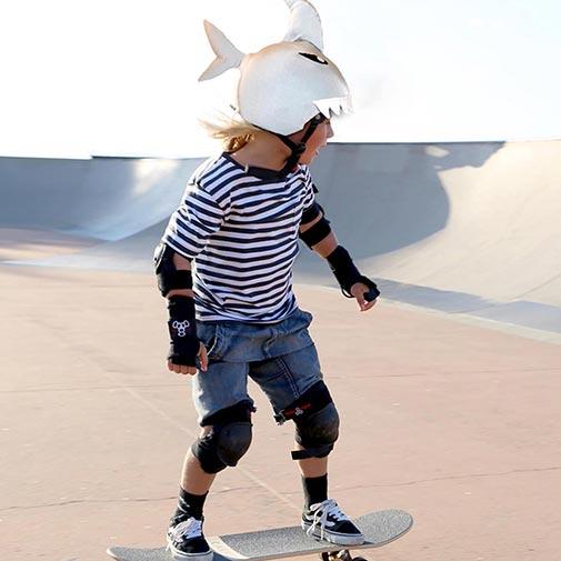 Funda casco de Tiburón usada en Skate