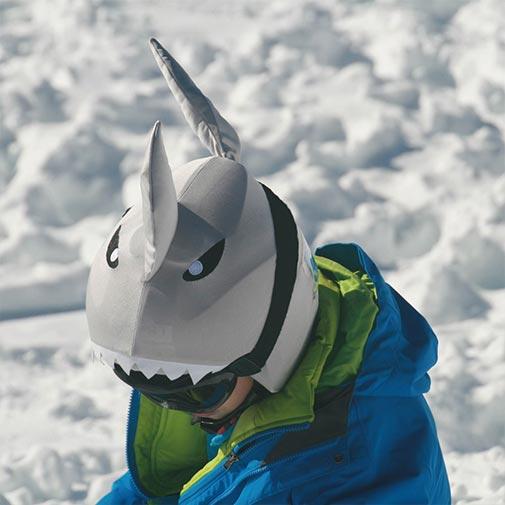 Funda casco de Tiburón usada en Ski