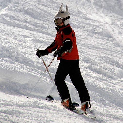 Funda casco de Tiburón usada en esquí