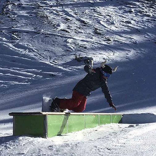 Funda casco universal de Toro usada en ski
