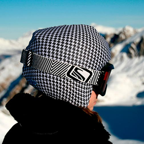 Funda casco Pata de Gallo Negro Blanco ski