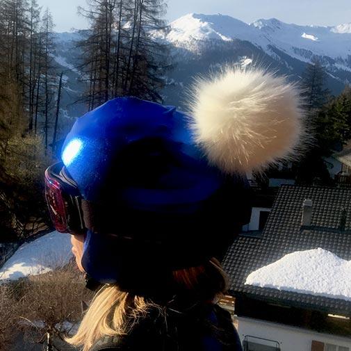 Funda casco Azul Pon-Pon beige 2