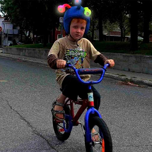 Funda casco Led Monstruo Bike