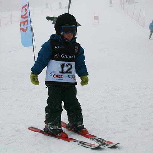Funda casco Cuchillo ski descenso