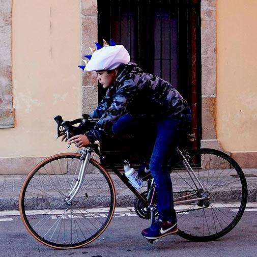 Funda casco Dragón merengue Bici