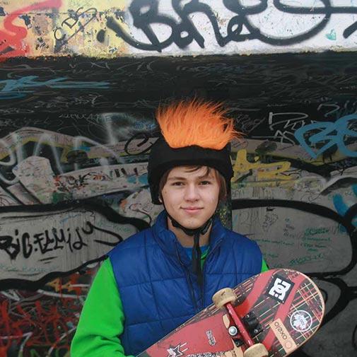 Funda casco Pelos Naranja skate